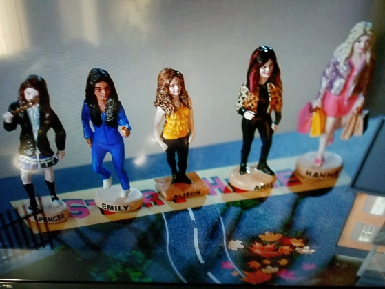 Pretty Little Liars Figurines